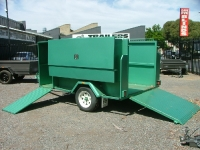 custom-garden-trailer-with-enclosed-mower-tray-and-brakes-17