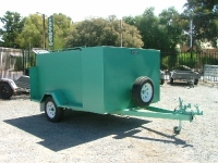 custom-garden-trailer-with-enclosed-mower-tray-and-brakes-3