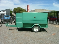 custom-garden-trailer-with-enclosed-mower-tray-and-brakes-9