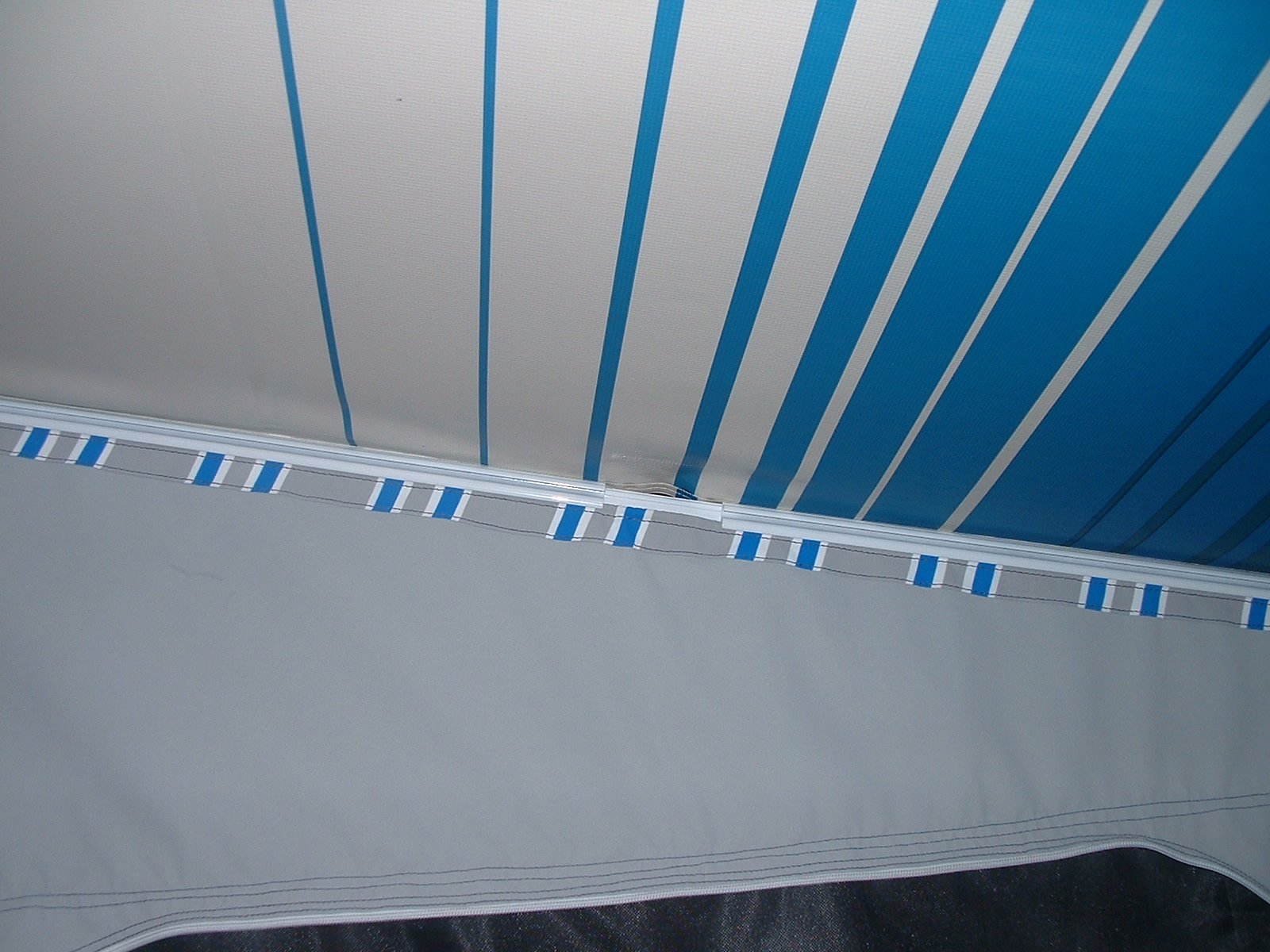 Sar Major Standard Roll Out Awning Walls